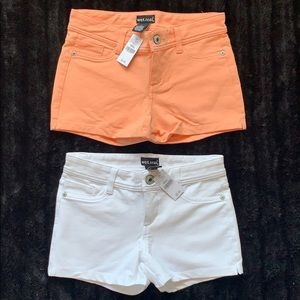 Wet Seal Bundle - 5 pocket Shorts (White, Salmon)
